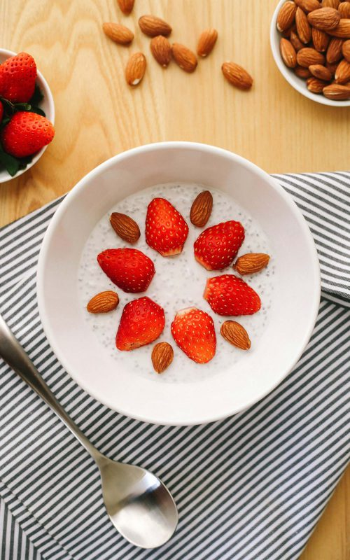 Chia pudding for keto and low carb. Easy overnight recipe with strawberries and almonds.